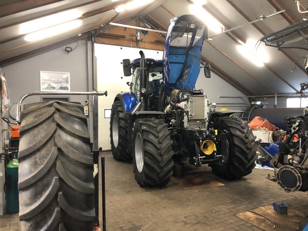 Machine onderhoud Prenger Agrarische Dienstverlening Zuidveld